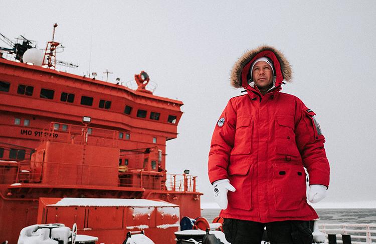 Парень, Арктика, ледокол: Митя Фомин об экспедиции к Северному полюсу, о страхе перед пустотой и эклектике в жанре специально для Hello.
